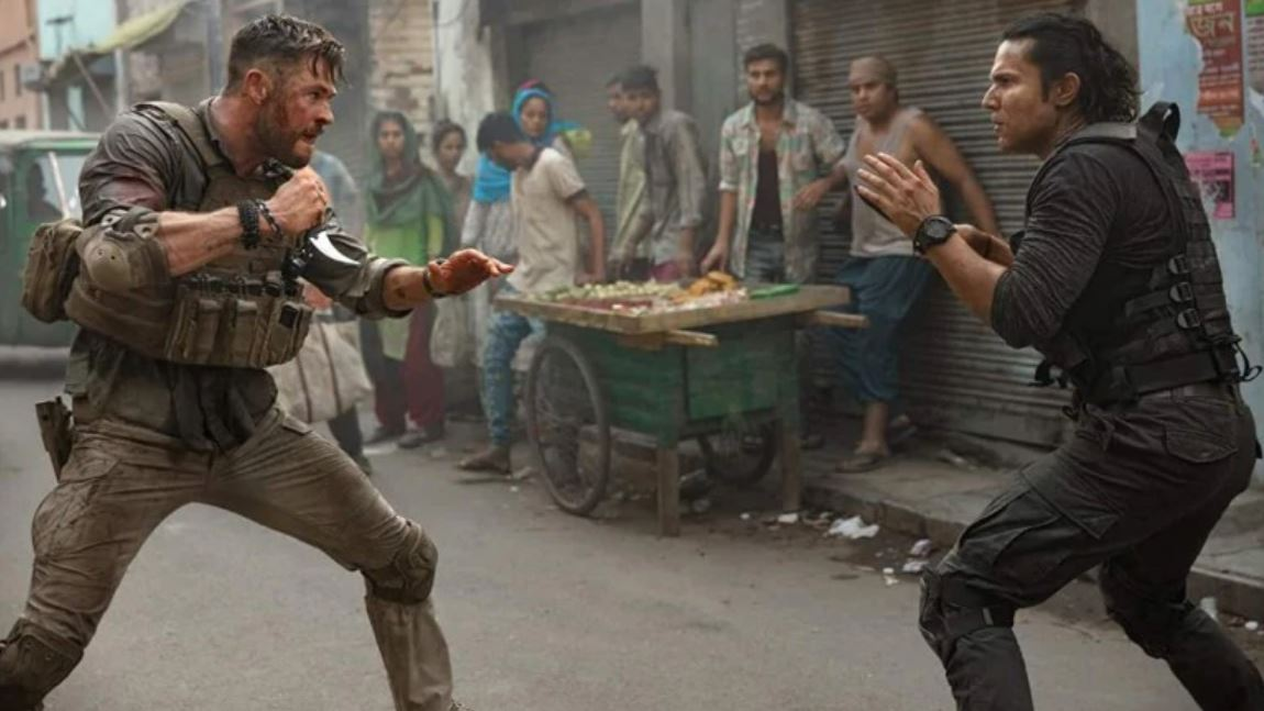 extraction 2020 chris hemsworth randeep hooda bangaldesh fight