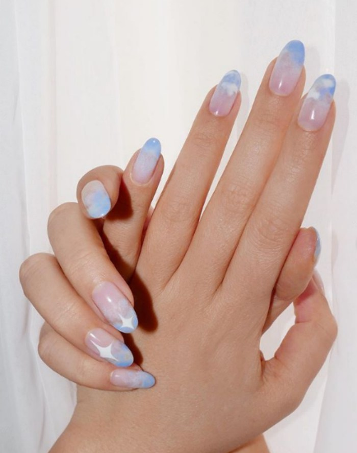 clouds-nail-art-pretty-summer-nails