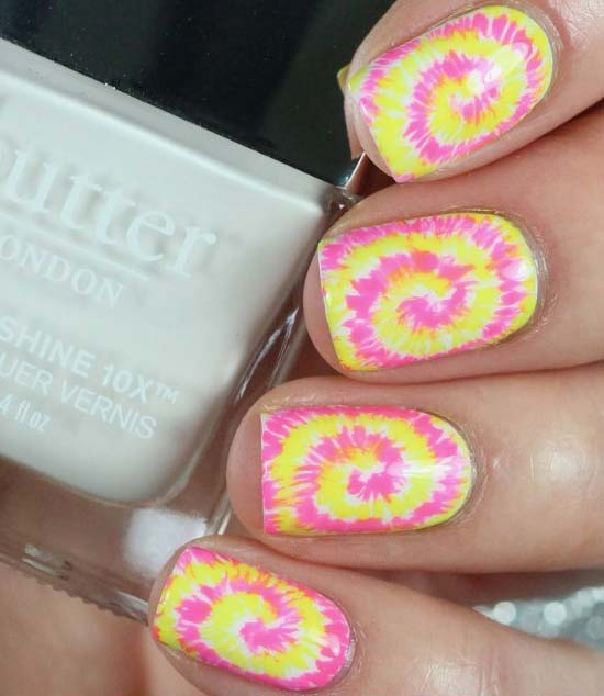 tie-dye-fancy-pretty-nail-mani