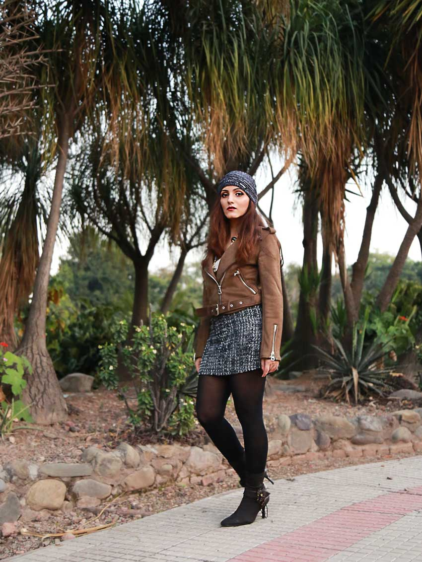 shilpa-ahuja-street-style-fall-winter-brown-cute-outfit