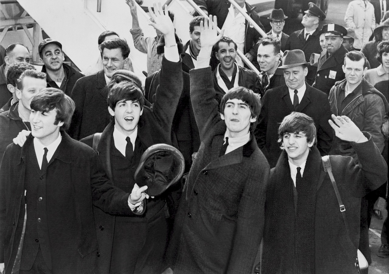the-beatles-top-boy-group-60s