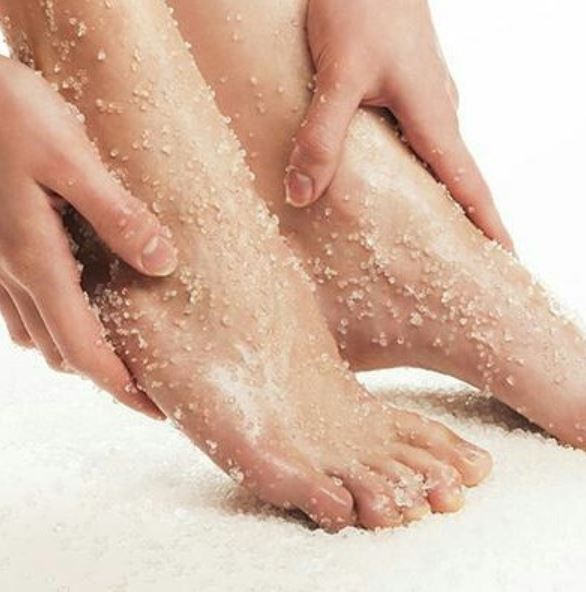 4-sea-salt-pedi-types-of-pedicure