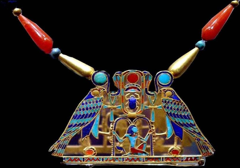 egyptian traditional fashion accessories amulets gold