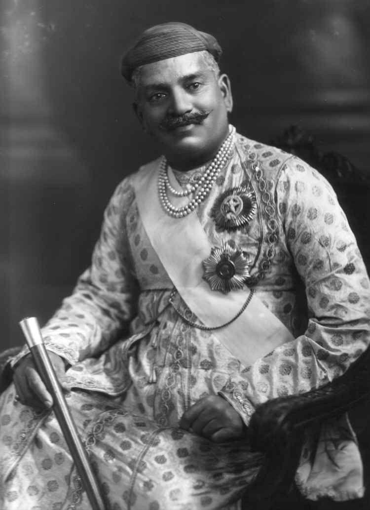 gaekwad indian traditional fashion angrakhas