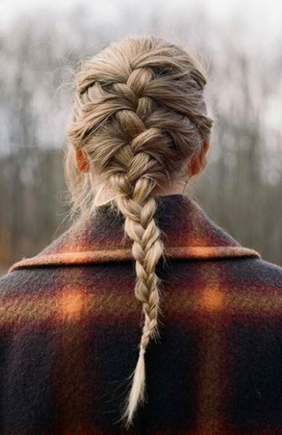 taylor-swift-french-braid-wavy-hairstyles.jpg