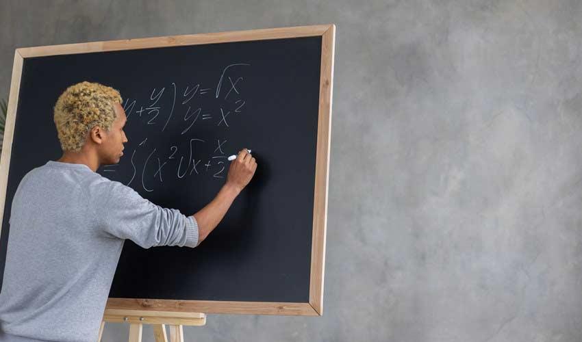 offline-classes-personality-development-courses-in-india.jpg