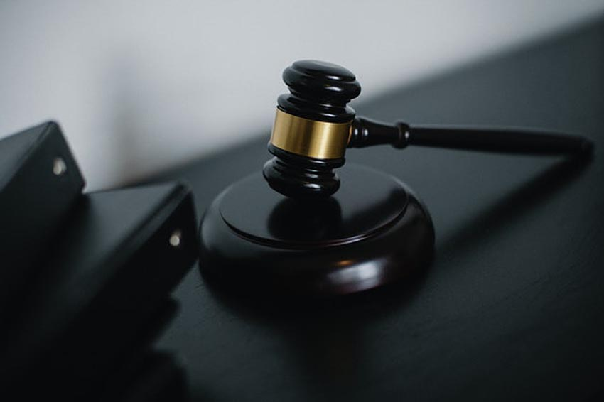 What should I do after 12th to become a lawyer